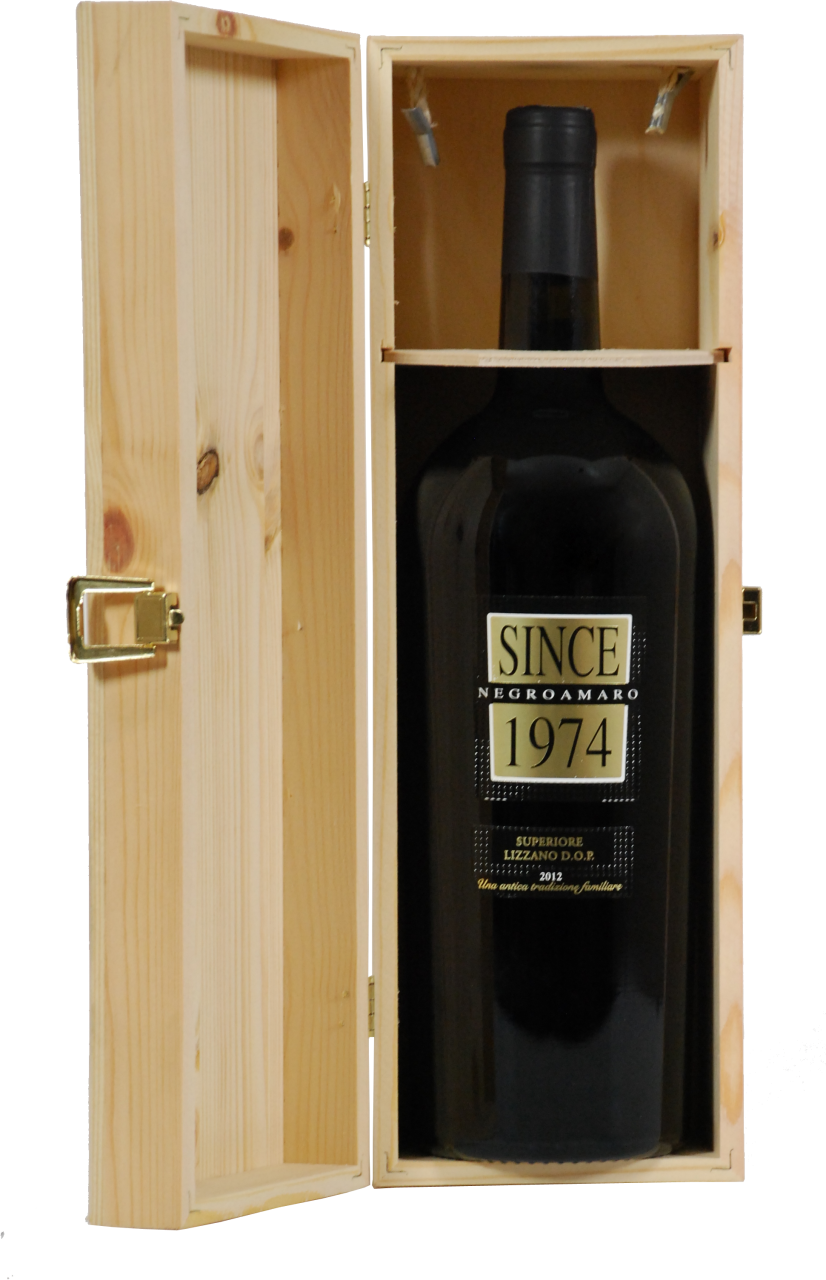 Since 1974 Negroamaro Superiore DOP - 1.5 L Magnum in Holzkiste